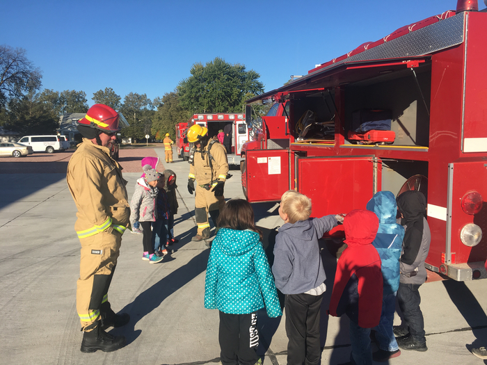 Scotia Fire visits Central Valley Elementary