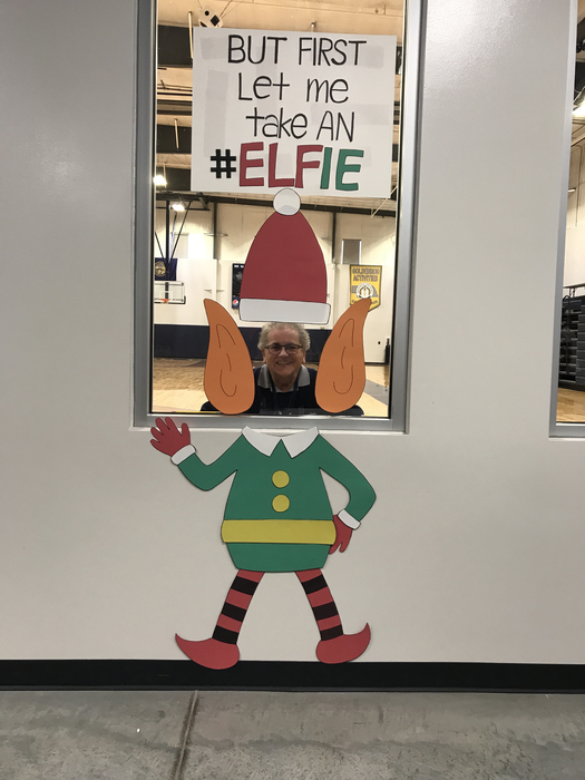 Ms. Rakness taking an Elfie