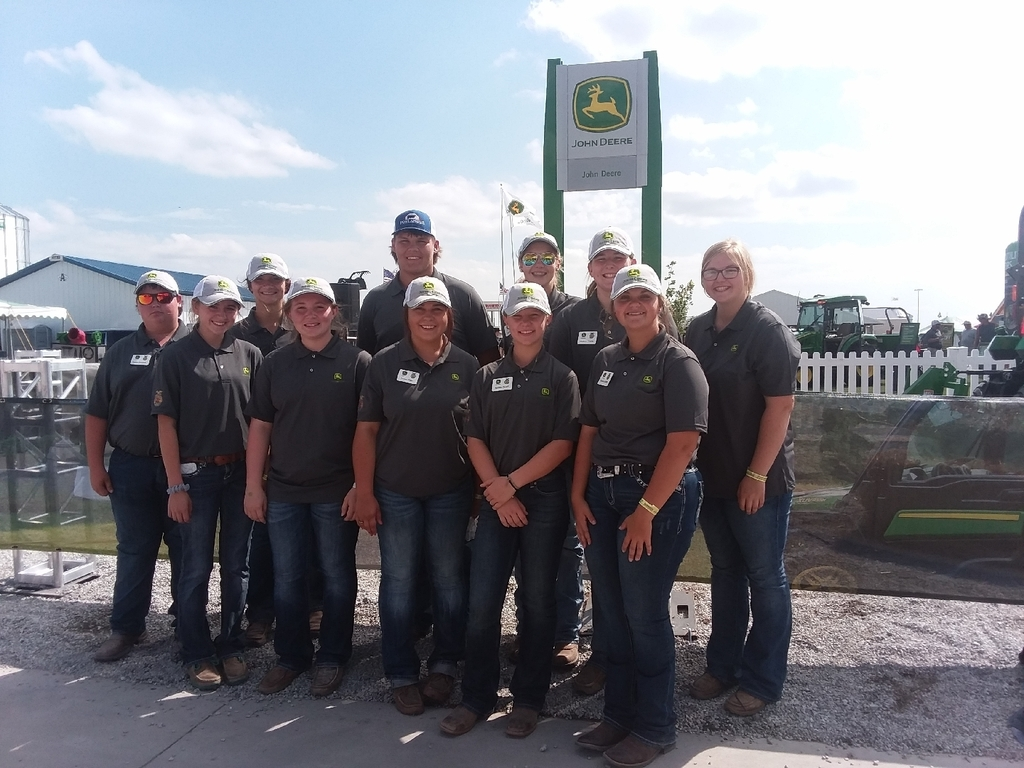 John Deere volunteer group